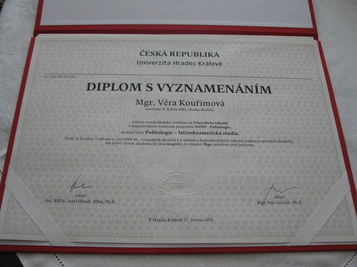 Diplom - Politologie - latinskoamerická studia z FF UHK